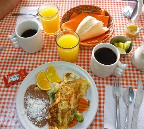 Comer bien en los viajes de forma saludable comer bien desayunos mexicanos viajes alimentarse en los viajes comida saludable desayunos saludables