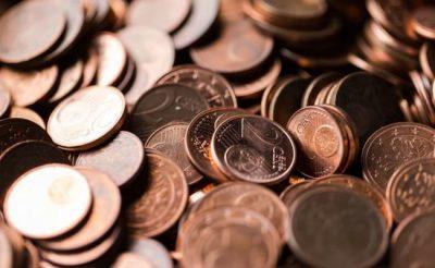 conviene comprar euros en argentina o en europa