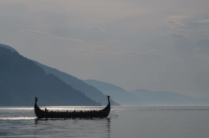 viking ship company que es llc